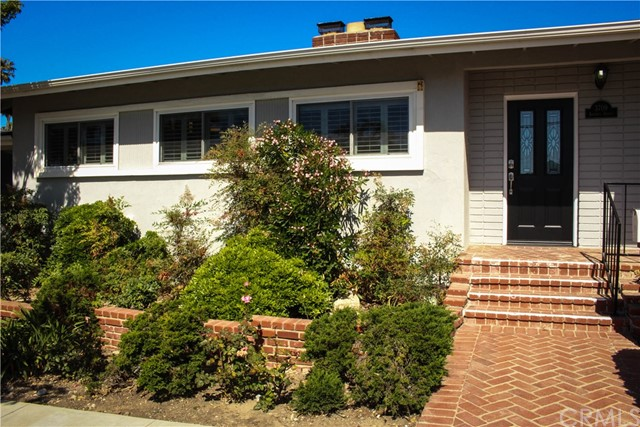 Single Family Home for Rent at 3709 Anchovy Avenue S San Pedro, California 90732 United States