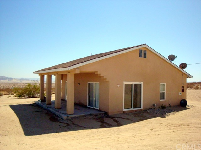 355 Jackson Road, 29 Palms, California 92277