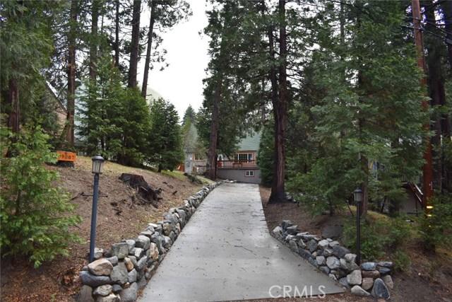 Single Family Home for Sale at 29087 Alder Terrace Cedar Glen, California 92321 United States