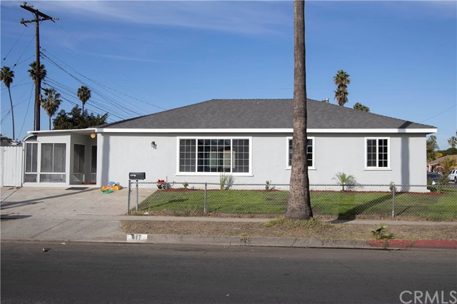 317 184th Street, Carson, California 90746, 4 Bedrooms Bedrooms, ,2 BathroomsBathrooms,Single family residence,For Sale,184th,DW20262782