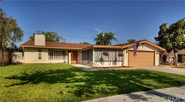 961 S Ambridge St, Anaheim, CA 92806 Photo 2