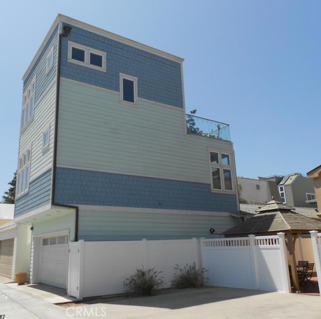 "Single Family Home for Rent at 55 Surfside ""b"" Surfside, California 90743 United States"