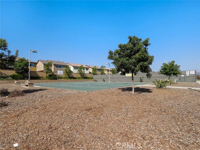 6578 Fishers Court, Moorpark CA: http://media.crmls.org/medias/2c2fe872-b5db-4ece-be98-8f5ca7dd2868.jpg