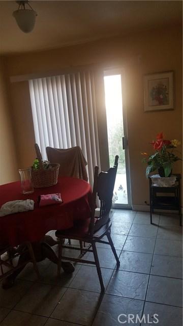 236 E 42nd Street, San Bernardino CA: http://media.crmls.org/medias/2c41a64d-361f-4044-bb43-dabc8f78cdfc.jpg
