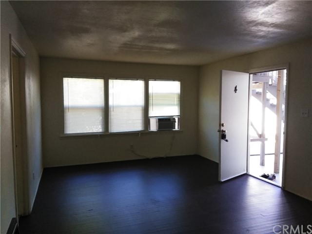 1280 High Street, Oroville CA: http://media.crmls.org/medias/2c433ebe-ddb9-4336-834b-24ca1cabe86a.jpg