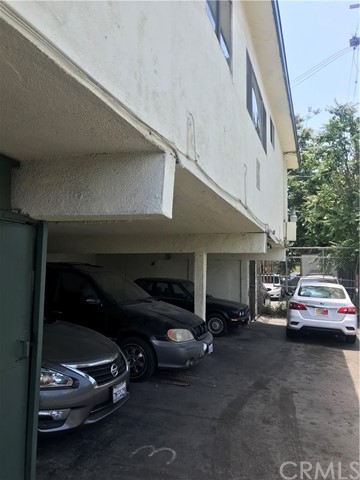 333 E 80th Street, Los Angeles CA: http://media.crmls.org/medias/2c4408d0-2493-4841-9a09-2ba709215c22.jpg