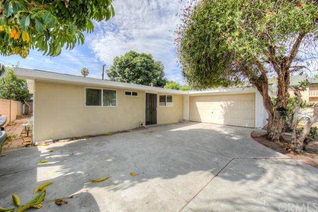 Single Family Home for Sale at 11192 Anabel St Garden Grove, California 92843 United States
