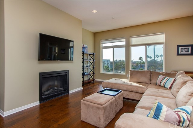 301 Mission Avenue Unit 402 Oceanside, CA 92054 - MLS #: SW17166185