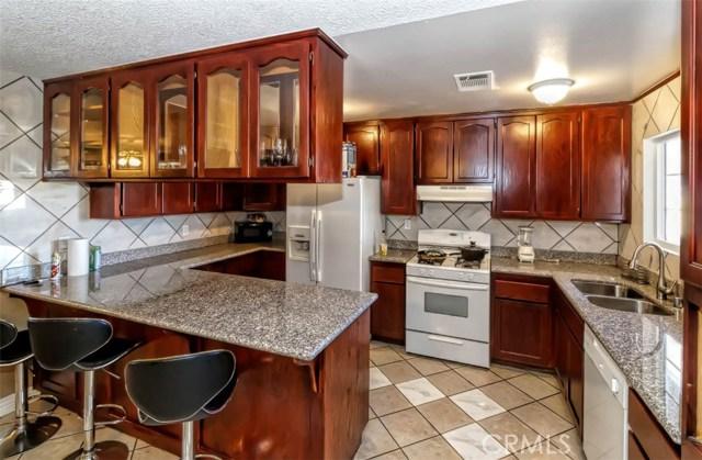 11827 Pinon Avenue,Hesperia,CA 92345, USA