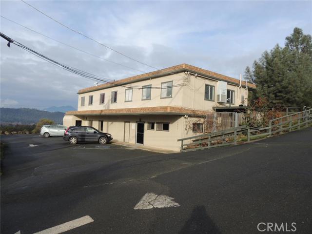 Oficinas por un Venta en 15666 18th Avenue Clearlake, California 95422 Estados Unidos