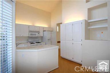 7905 E MONTE CARLO Avenue, Anaheim Hills CA: http://media.crmls.org/medias/2c5360c8-f19f-4b31-8b8a-db6109ad2e74.jpg