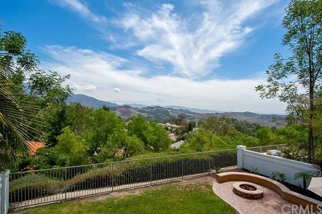 Single Family Home for Sale at 19156 Highland View Ln St Trabuco Canyon, California 92679 United States