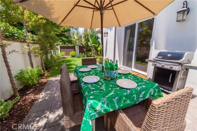 2110 Ernest Avenue, Redondo Beach CA: http://media.crmls.org/medias/2c71898c-6e1c-4495-906e-13898e21cf8e.jpg