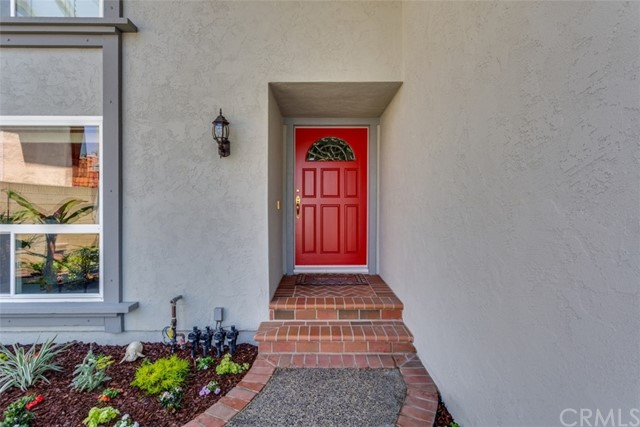 3992 Shasta Avenue, Los Alamitos CA: http://media.crmls.org/medias/2c7ab909-25c8-43e8-8b30-287f1cef9eb1.jpg
