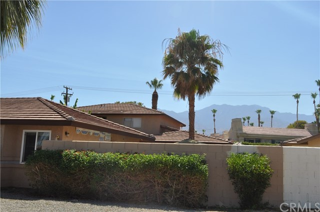 32551 Shifting Sands Trail, Cathedral City CA: http://media.crmls.org/medias/2c81deb0-9942-44ce-8c5b-0c68f0d0fa75.jpg
