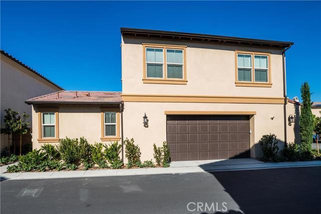 206 Desert Bloom, Irvine CA: http://media.crmls.org/medias/2c8a1d93-7e18-4a7d-a00b-5a96095e850d.jpg