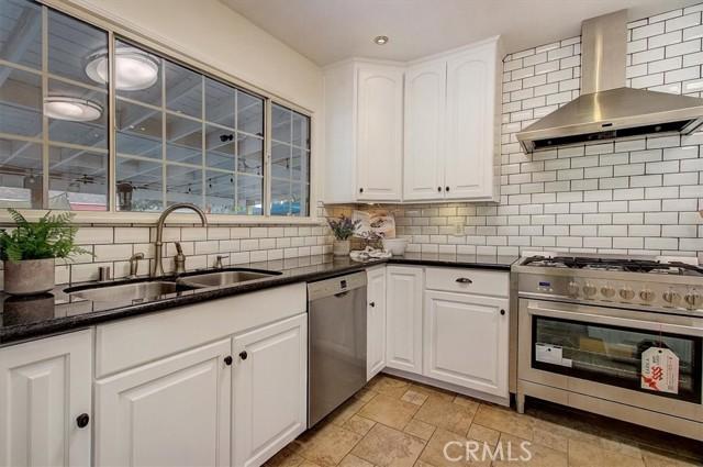 9220 Ahmann Avenue, Whittier CA: http://media.crmls.org/medias/2c958da9-e1ea-436e-b437-91a0d56e11ea.jpg