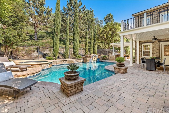 Detail Gallery Image 1 of 1 For 15 Kent Ct, Ladera Ranch,  CA 92694 - 5 Beds | 5/1 Baths