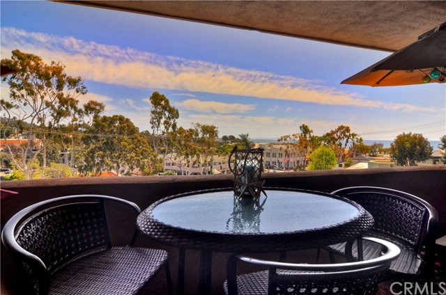 100 Cliff Drive 22, Laguna Beach, CA 92651