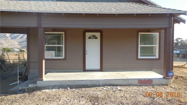 680 E George Street, Banning CA: http://media.crmls.org/medias/2caf0fad-ddcb-4380-8a47-dd16478548bc.jpg