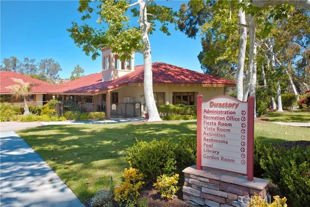 23671 Via Agustini, Mission Viejo CA: http://media.crmls.org/medias/2cb928b2-422d-41e3-9d47-ceda7f900f57.jpg