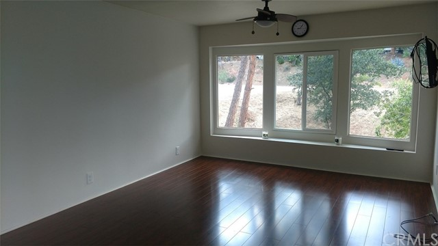 Single Family for Sale at 698 Woodland Drive Wofford Heights, California 93285 United States