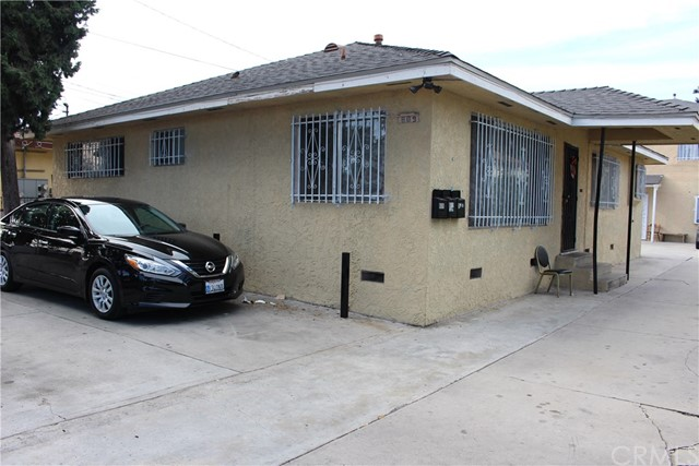 Residential Income for Sale at 809 N Santa Fe Avenue 809 N Santa Fe Avenue Compton, California 90221 United States