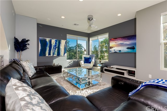 102 Rockefeller, Irvine, CA 92612 Photo 8