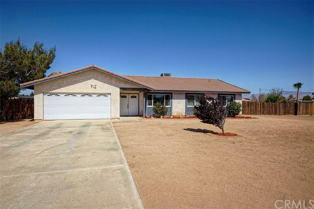 15245 Blackfoot Road, Apple Valley, CA, 92307