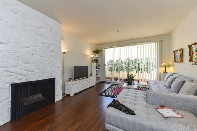 125 Montana Av, Santa Monica, CA 90403 Photo 11