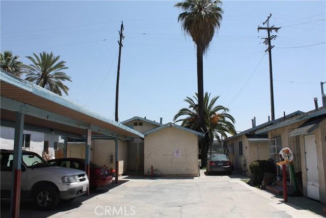 208 N I Street, San Bernardino CA: http://media.crmls.org/medias/2cce4cd5-43ea-4df7-9055-07c49b7c3946.jpg