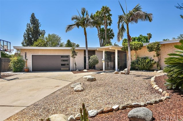 265 W Sonora Place, Claremont CA: http://media.crmls.org/medias/2cce582e-68fe-4ed9-aa54-dca9839c75a9.jpg