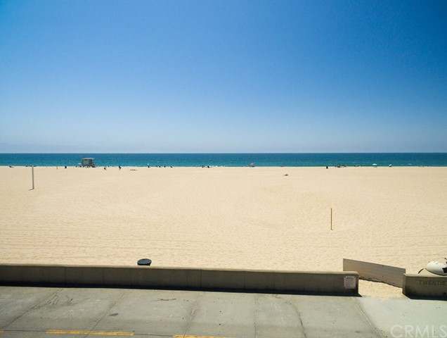 Additional photo for property listing at 1942 The Strand  Hermosa Beach, Калифорния,90254 Соединенные Штаты