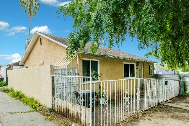 Single Family Home for Sale at 2404 Endicott Street Los Angeles, California 90032 United States