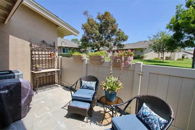 8856 Sutter Circle, Huntington Beach CA: http://media.crmls.org/medias/2cf0c3ba-f9db-4b2c-83f0-0f9ec59bc44c.jpg