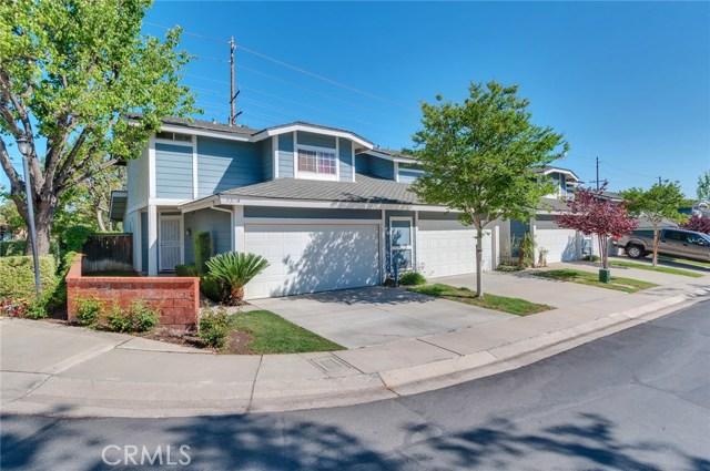 951 Inn Keeper Lane, Corona CA: http://media.crmls.org/medias/2cf9bf1c-a80c-4d26-9c78-5c4dc60b0a87.jpg