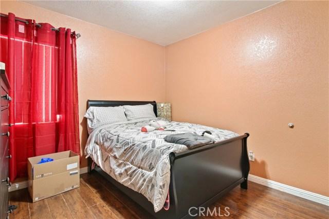 876 S Claudina Street, Anaheim CA: http://media.crmls.org/medias/2cff727e-51df-4d3a-9683-477df53f46e8.jpg