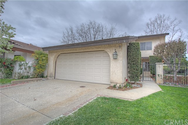 1221 Parkview Circle Upland, CA 91784 is listed for sale as MLS Listing CV16767113