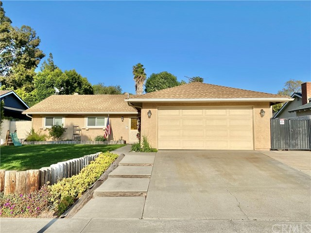 Detail Gallery Image 1 of 7 For 5682 Rich Hill Way, Yorba Linda,  CA 92886 - 3 Beds | 2 Baths