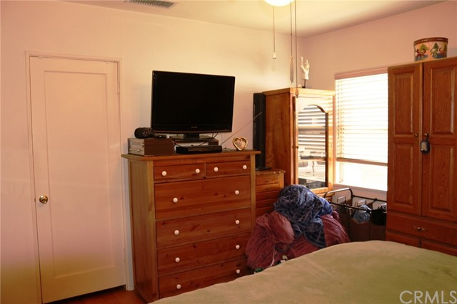 612 Highland Court Upland, CA 91786 - MLS #: OC18115456