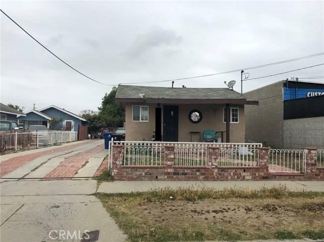1355 Bay View Avenue, Wilmington CA: http://media.crmls.org/medias/2d30aafa-fc40-42a4-8161-af4e4180ec3c.jpg