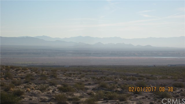 1 Highway 95, Needles CA: http://media.crmls.org/medias/2d315b59-6b6b-481c-8150-372fead62a92.jpg