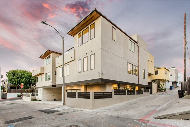 Photo of 222 27th St, Hermosa Beach, CA 90254