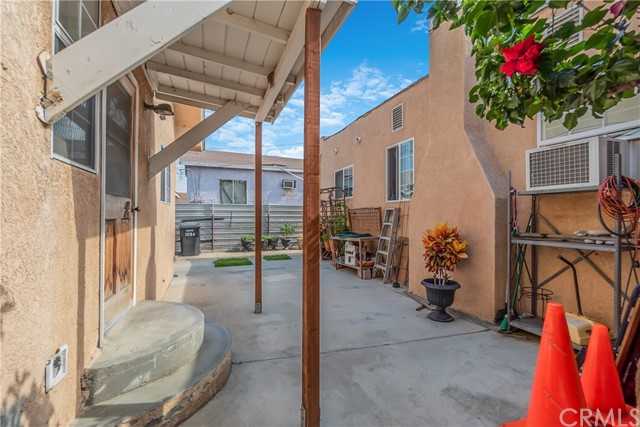 1052 S Townsend Avenue, East Los Angeles CA: http://media.crmls.org/medias/2d5b1cef-7a48-41d9-969b-bd1ae21ab39c.jpg