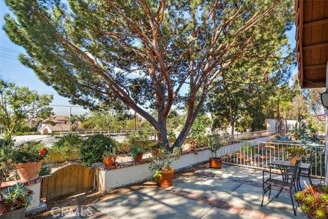 10425 Poplar Street, Rancho Cucamonga CA: http://media.crmls.org/medias/2d6148f8-42f2-4205-a5af-c6dfaefaba68.jpg