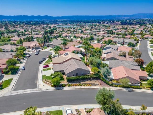 30338 Conn Creek Circle, Murrieta CA: http://media.crmls.org/medias/2d6288ec-dc9f-4126-9ba4-a399cd5456fd.jpg