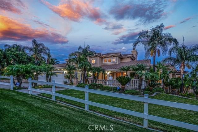 Casa Unifamiliar por un Venta en 5523 High Meadow Place Alta Loma, California 91737 Estados Unidos