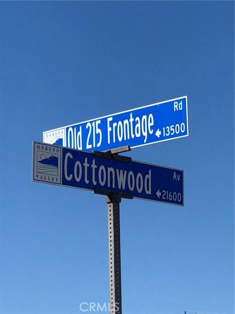 21631 Cottonwood Avenue, Moreno Valley CA: http://media.crmls.org/medias/2d73b993-b3ae-41d2-9ceb-cc9b78cb71ff.jpg