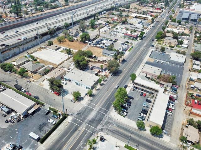 410 W Valley Boulevard, Colton CA: http://media.crmls.org/medias/2d865c38-37b6-4073-802c-11f5a9e0fecd.jpg