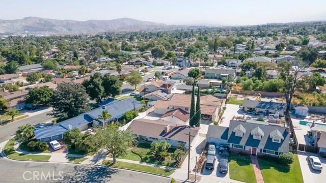 624 Lancer Lane, Corona CA: http://media.crmls.org/medias/2d8c2399-3a66-4944-ac13-1bca624b393f.jpg